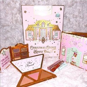 🆕✨ Too Faced Christmas Cookie House Party